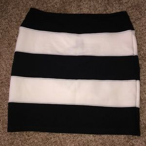 Black and white pencil skirt